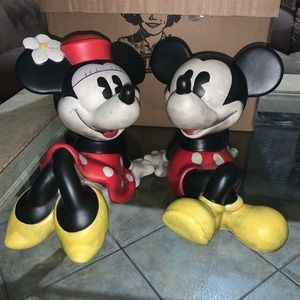 Disney Mickey and Minnie piggy banks you get both